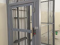 Elevador de carga com estrutura e fechamento - 11