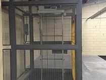 Elevador de carga com estrutura e fechamento - 4